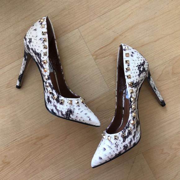 ac16fb93b02 Steve Madden Proto snake studded point toe heels